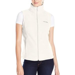 NWT Columbia Fleece vest, petite medium